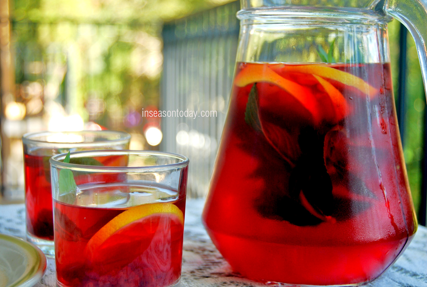apple and raspberry iced tea 3
