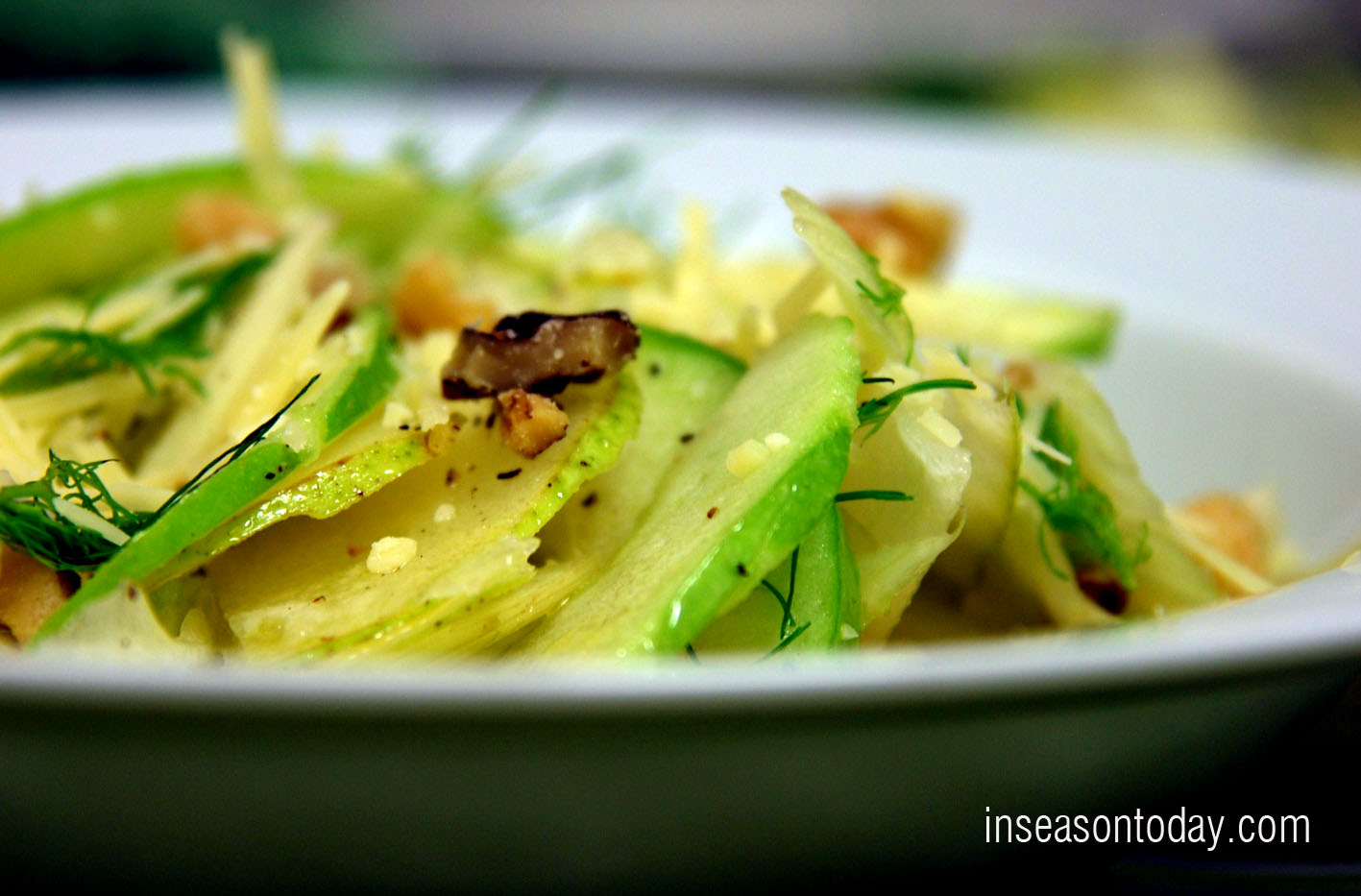 baby fennel pear apple and walnut salad 1