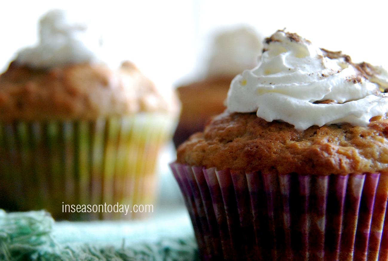 banana and cinnamon muffins 1
