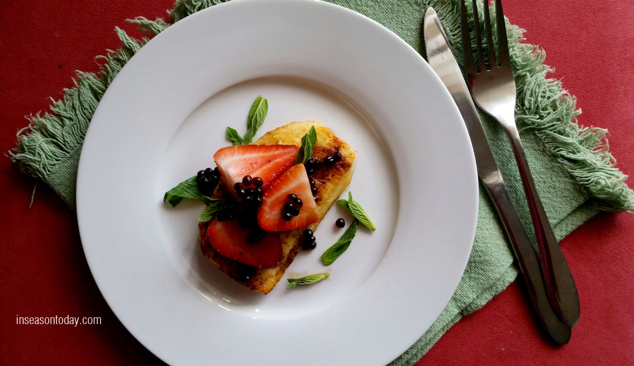 strawberries haloumi with balsamic pearls 1