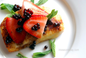 strawberries haloumi with balsamic pearls 4